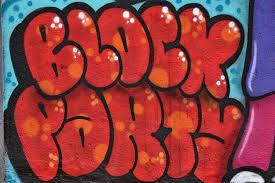 I dag skal vi tale om graffitirens. Det er super irriterende, hvis man gang på gang bliver ramt med graffiti på vægge på end bolig.